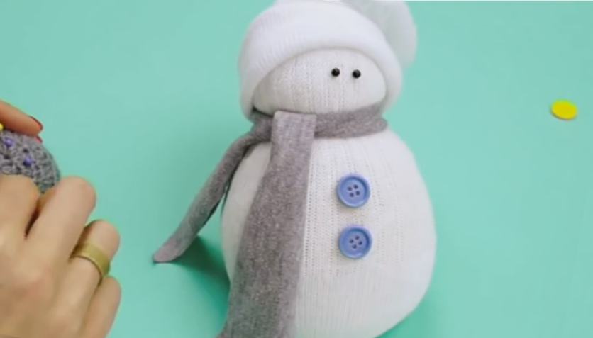 Eyes for a snowman from a sock