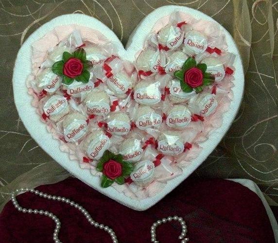 сердце из конфет своими руками