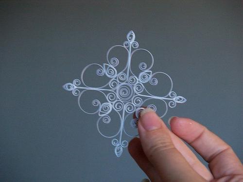 Paper Snowflake in kvilling technique