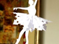 "Snowflake ""Ballerina"" from paper"