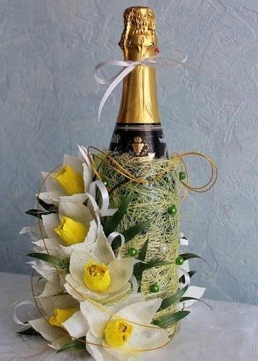 Daffodils of sweets and Gofrobumagi hand maid