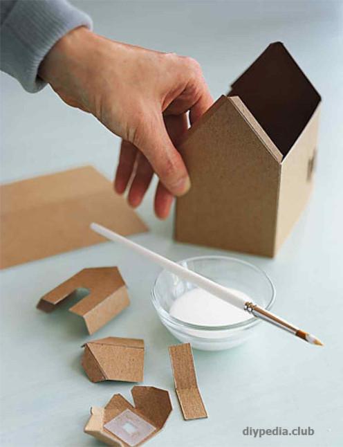 склеиваем домик из бумаги