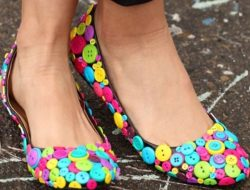 Shoes from the buttons: master class