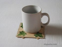 Mug stand with own hands