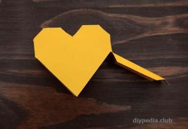 подарочная коробка в виде сердца