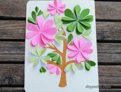 Make a postcard with children