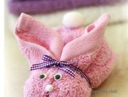Make bunny from towel