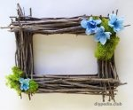 Frame with your own hands of twigs
